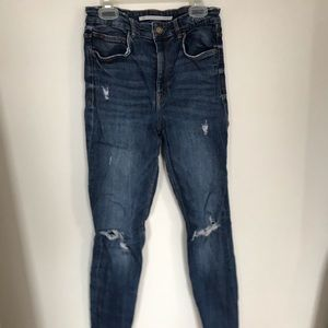 High-waisted Ripped Blue Jeans